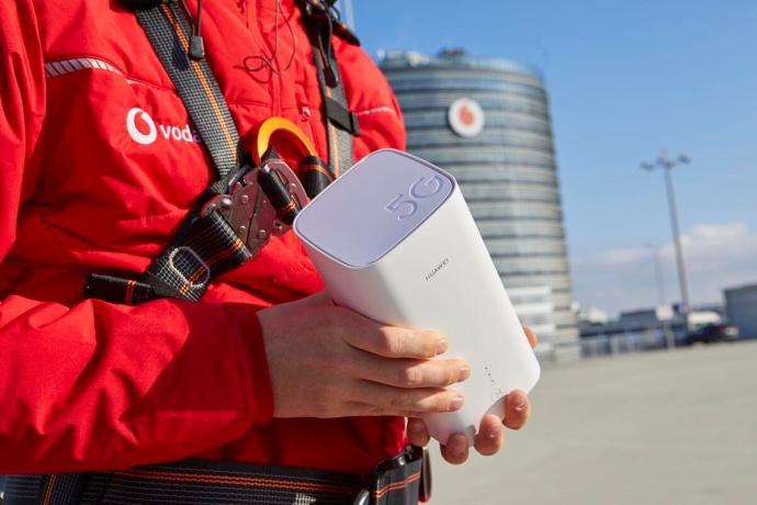 Der 5g Gigacube Ist Der Erste 5g Router In Deutschland
