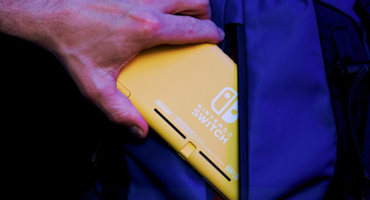 Nintendo Switch Lite Gelb Header