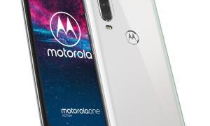 Motorola One Action Pearl White (6)
