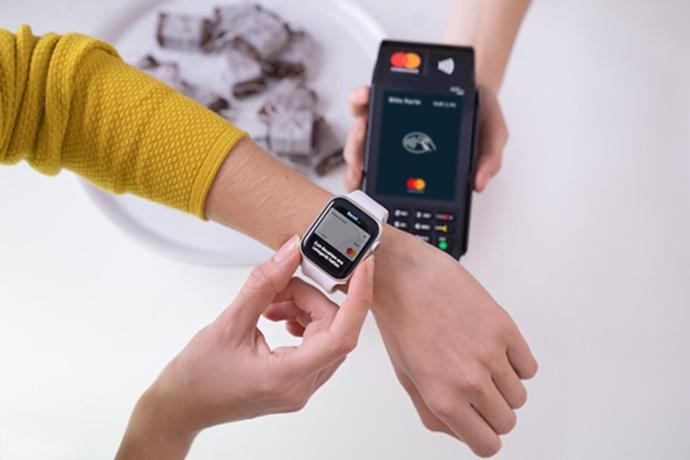 Apple Pay Watch Header