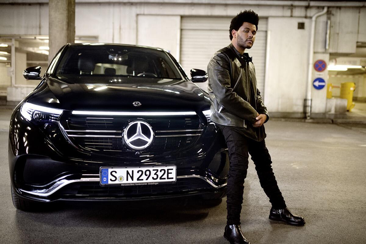 """""""enjoy Electric."""" – Die Kampagne Zum Mercedes Benz Eqc: Eine Neue Ära Der Mobilität Mit Weltstar Und Creative Director The Weeknd """"enjoy Electric."""" – The Campaign For The Mercedes Benz Eqc: A New Era Of Mobility With Global Star And Creative Dir"""