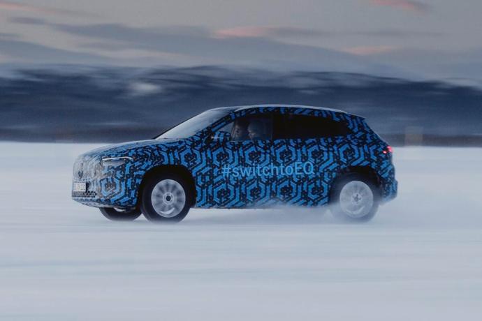 Mercedes Benz Ega Schnee