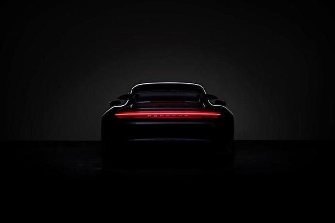 Porsche Header