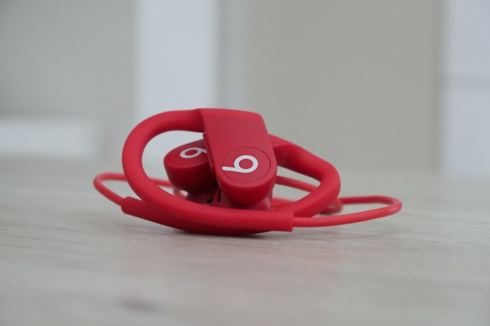 Apple Powerbeats 4 Rot