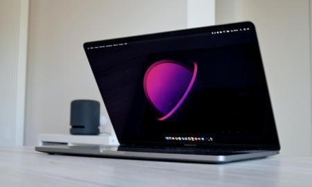 Macbook Pro Front