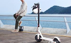 Xiaomi Mi Scooter 1s Lifestyle1