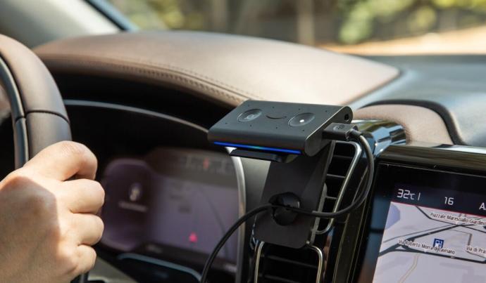 Amazon Echo Auto 2