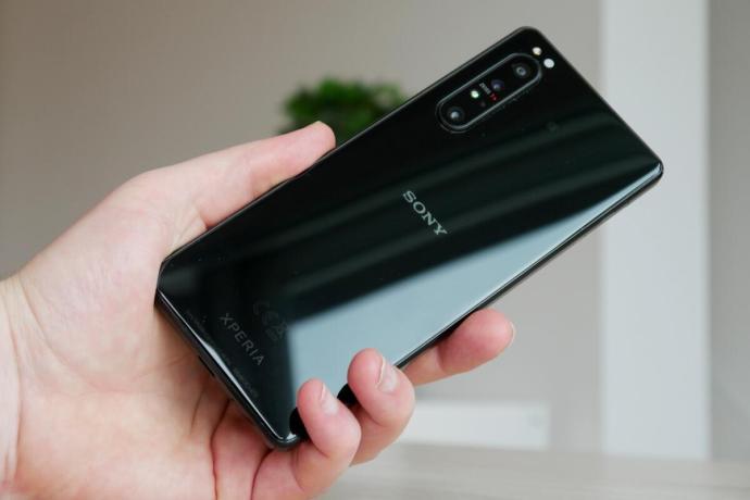 Sony Xperia 1 Ii Hand