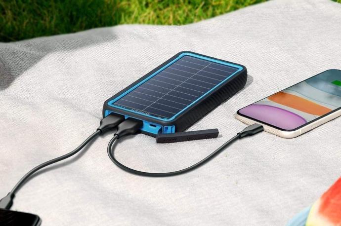 Anker Powercore Solar 10000 3