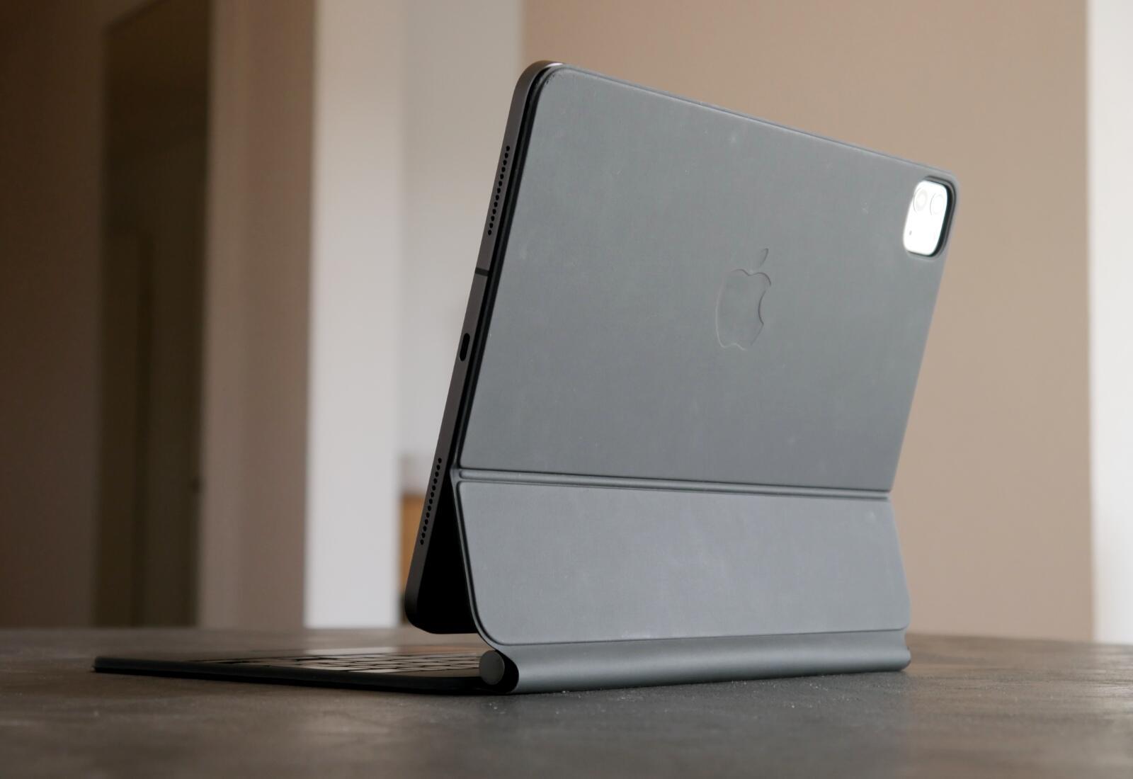 Apple Ipad Pro 2020 Magic Keyboard Back