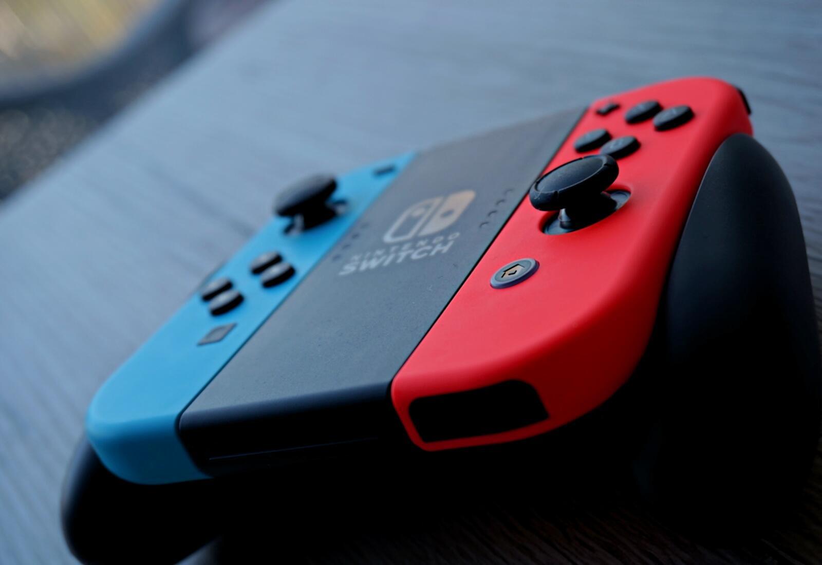 Nintendo Switch Joy Con Header