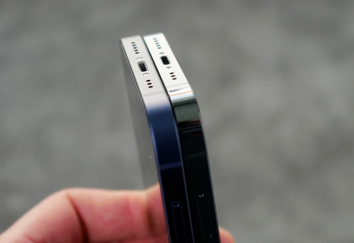 Apple Iphone 12 Pro Vergleich Bottom