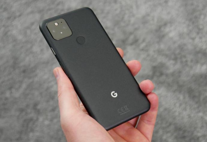 Google Pixel 5 Hand Back