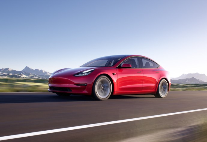 Tesla Model 3 2021 Rot Header