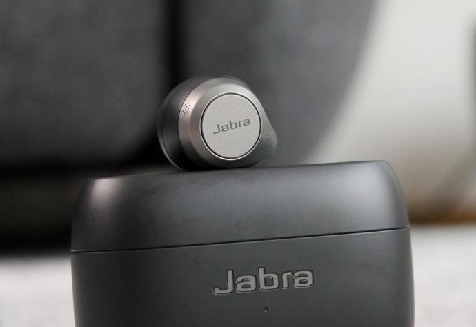 Jabra Elite 85t Detail