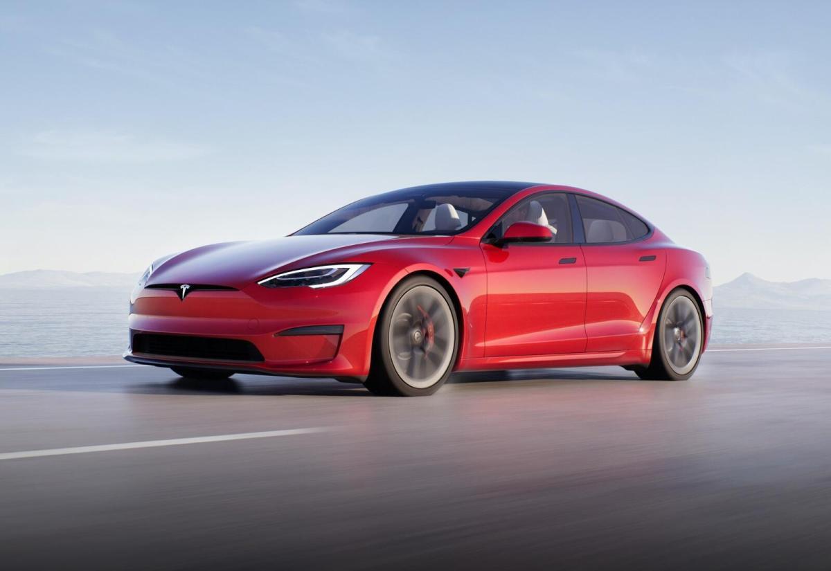 Tesla Model S 2021 Rot