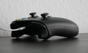 Xbox Series X Controller Laden