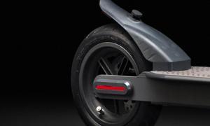Ducati Pro I Evo Scooter Detail2