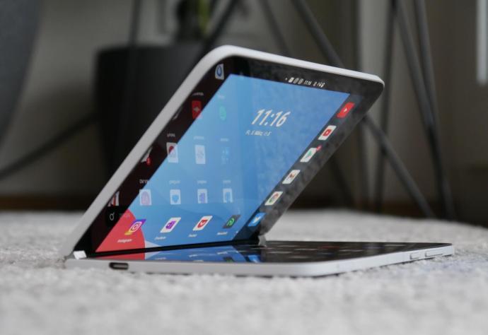 Microsoft Surface Duo Fold
