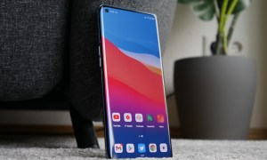 Oppo Find X3 Pro Front