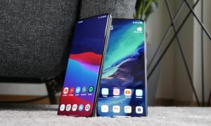 Samsung Galaxy S21 Ultra Xiaomi Mi 11 Front