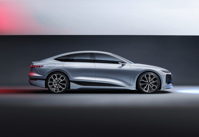 Audi A6 Etron Konzept Seite