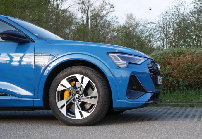 Audi Etron 2021 Front Schnitt