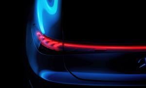 Mercedes Benz Eqs Teaser Licht