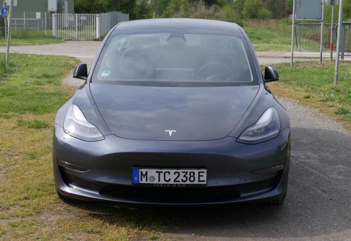 Tesla Model 3 2021 Motorhaube
