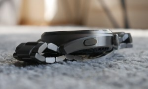 Huawei Watch 3 Pro Seite