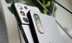 Samsung Galaxy S21 Ultra Sony Xperia 1 Iii Header