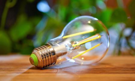 Philips Hue Lampe Birne Header