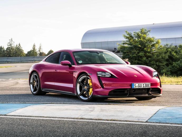 Porsche Taycan 2021 Header
