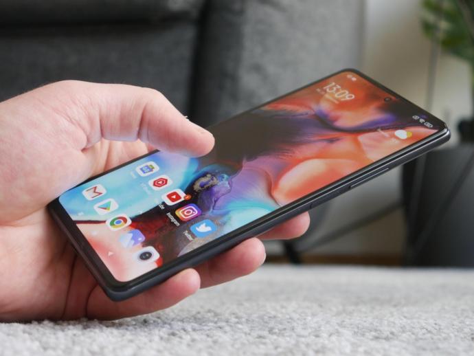 Xiaomi Mi 11t Pro Hand