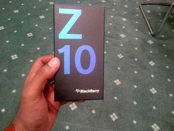 BB-Z10-Retail-Box