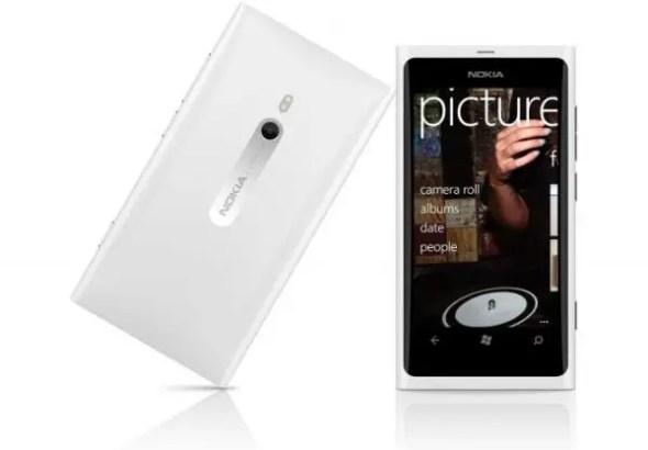 Lumia-800-white-2