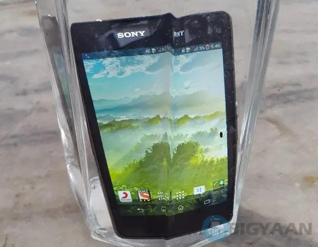 Sony-Xperia-Z1-Compact-6