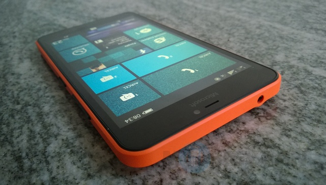Microsoft-Lumia-640-XL-Dual-SIM-Review-5