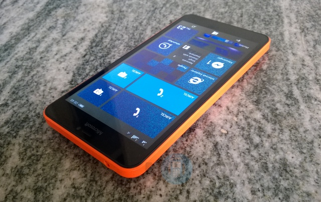 Microsoft-Lumia-640-XL-Dual-SIM-Review-9