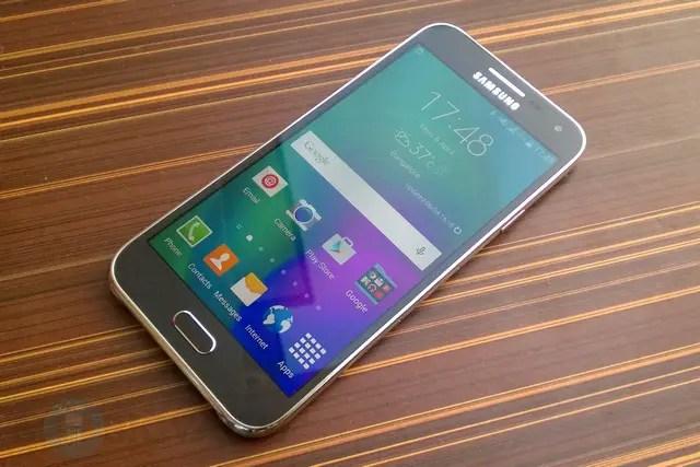 Samsung-Galaxy-E5-Review-10