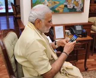 narendra-modi-android-app-launch