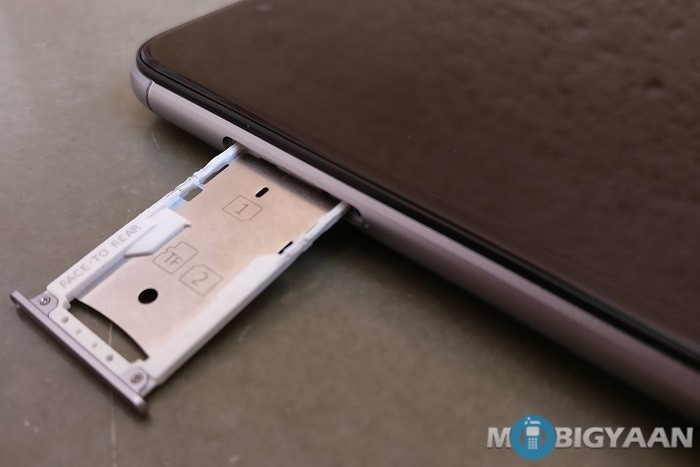 gionee-a1-review-design-left-view-sim-tray