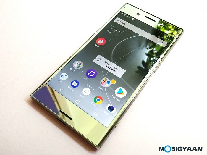 Sony-Xperia-XZ-Premium-Hands-on-Review-Images-2