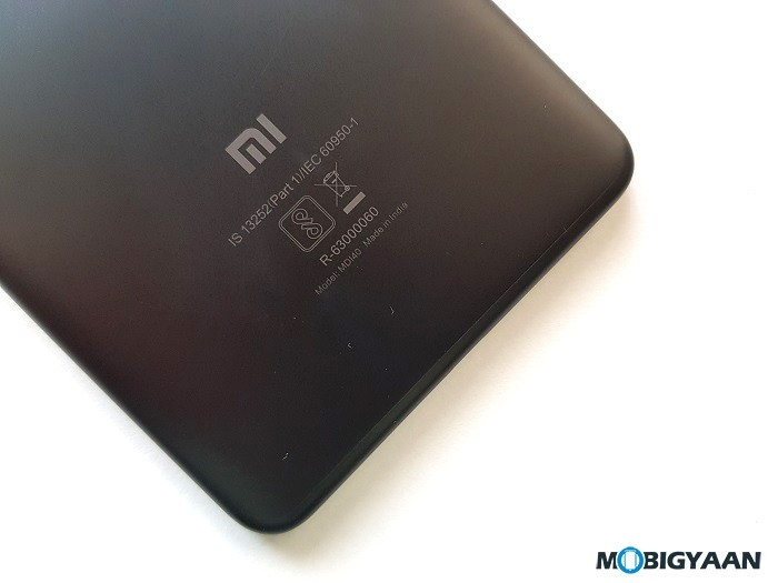 Xiaomi-Mi-Max-2-Hands-on-Review-Images-Big-in-size-Big-in-battery-3