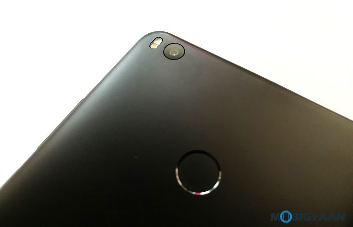 Xiaomi-Mi-Max-2-Hands-on-Review-Images-Big-in-size-Big-in-battery-5