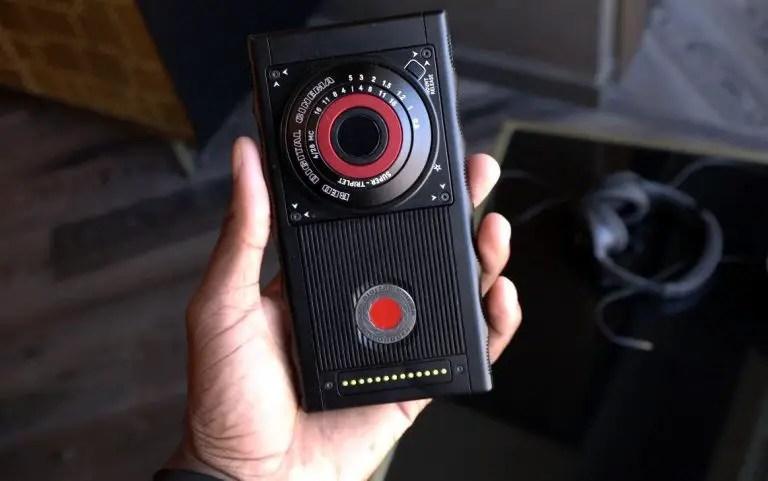 RED-HYDROGEN-ONE-modular-camera