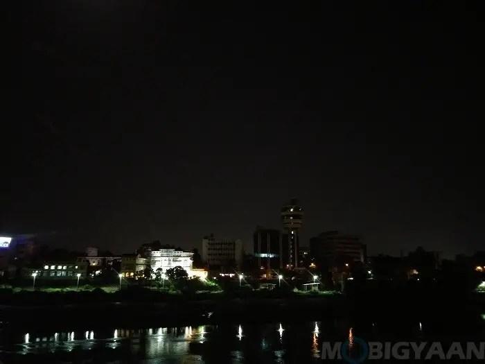 lg-q6-review-camera-night-shots-8-non-hdr