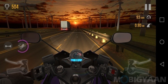 lg-q6-review-performance-gaming-traffic-rider-1