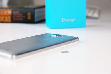 Huawei Honor 7, takaa.