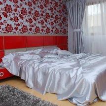 dormitor-karina-rosu